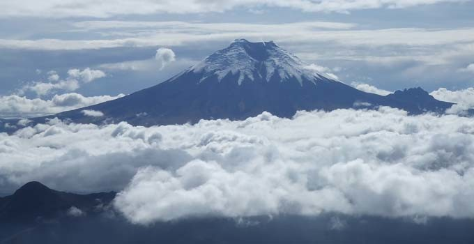 Cotopaxi from illiniza