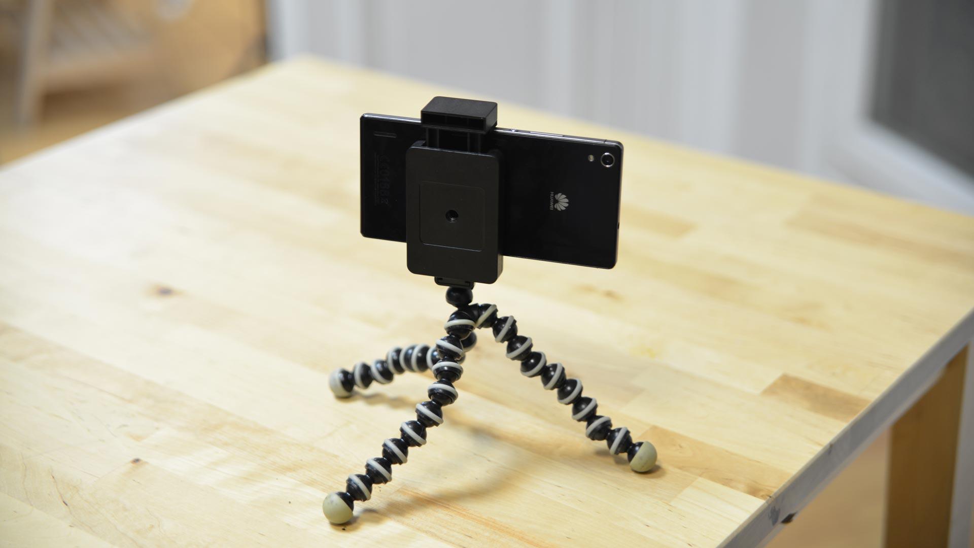 transformez un vieux smartphone en cam ra de s curit tech numerama. Black Bedroom Furniture Sets. Home Design Ideas