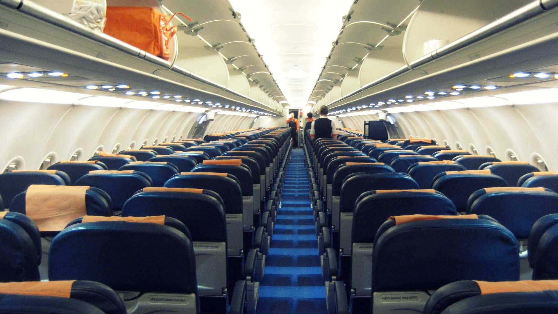 Easyjet propose le suivi en temps r el de ses avions sur for Innenraum planen