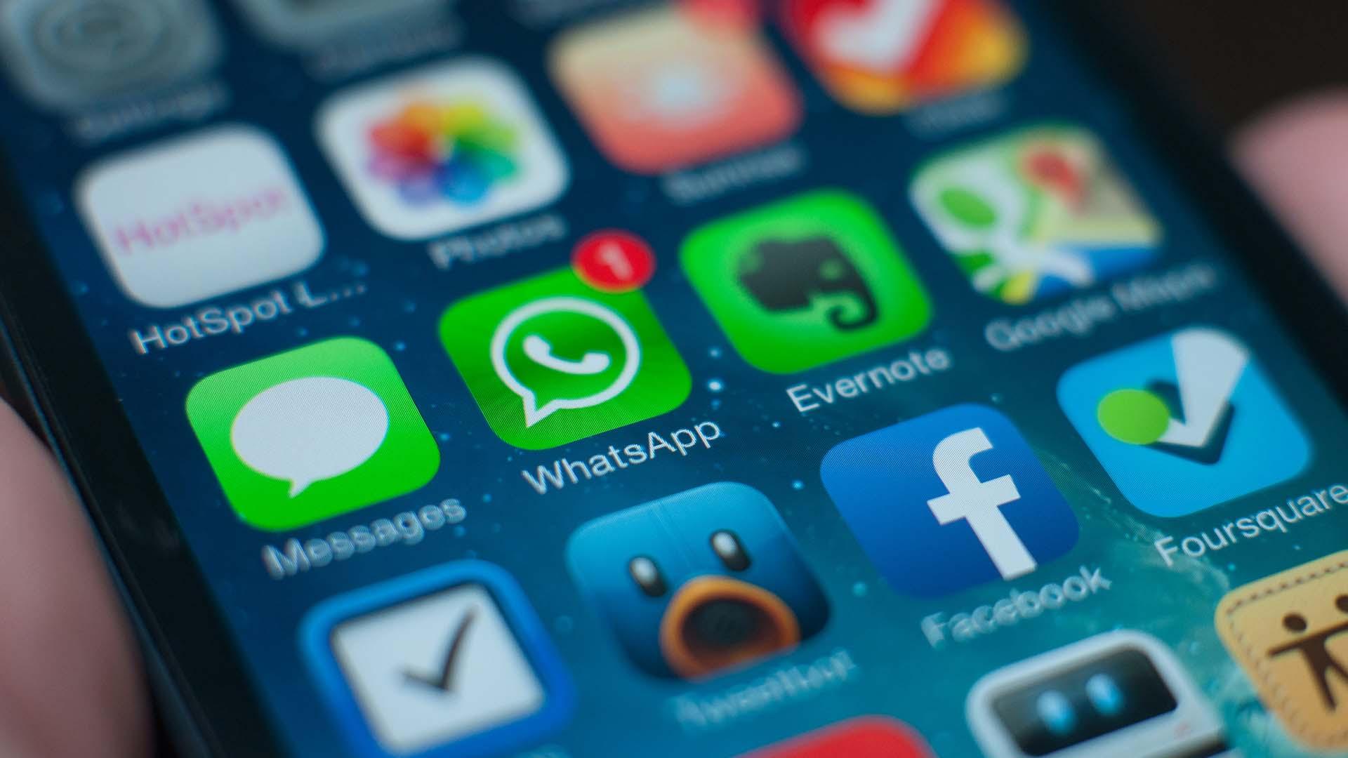WhatsApp suspend l'échange de ses données avec Facebook en Europe