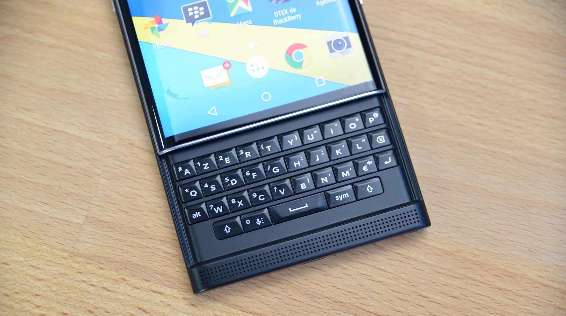 test du blackberry priv tech numerama. Black Bedroom Furniture Sets. Home Design Ideas
