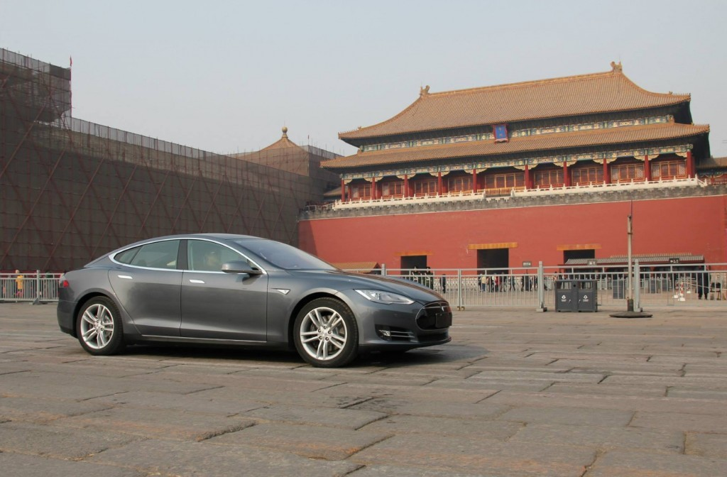 tesla-model-s-in-china