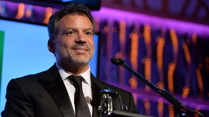 BEVERLY HILLS, CA - OCTOBER 21: Producer Michael DeLuca accepts the Hollywood Producer Award for 'Captain Phillips' during the 17th annual Hollywood Film Awards at The Beverly Hilton Hotel on October 21, 2013 in Beverly Hills, California. (Photo by Alberto E. Rodriguez/HFA2013/Getty Images for DCP)