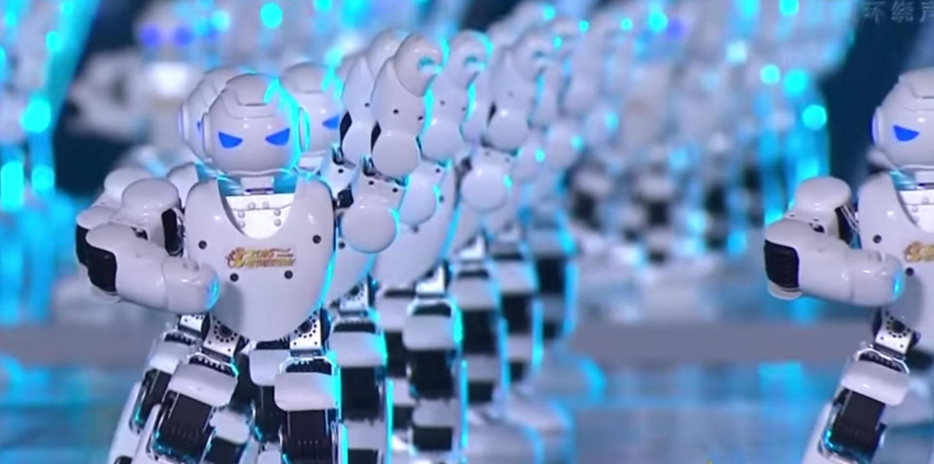 La danse des clones, un robot acrobate et une plongée au cœur d'un tableau dans News robots-danseurs