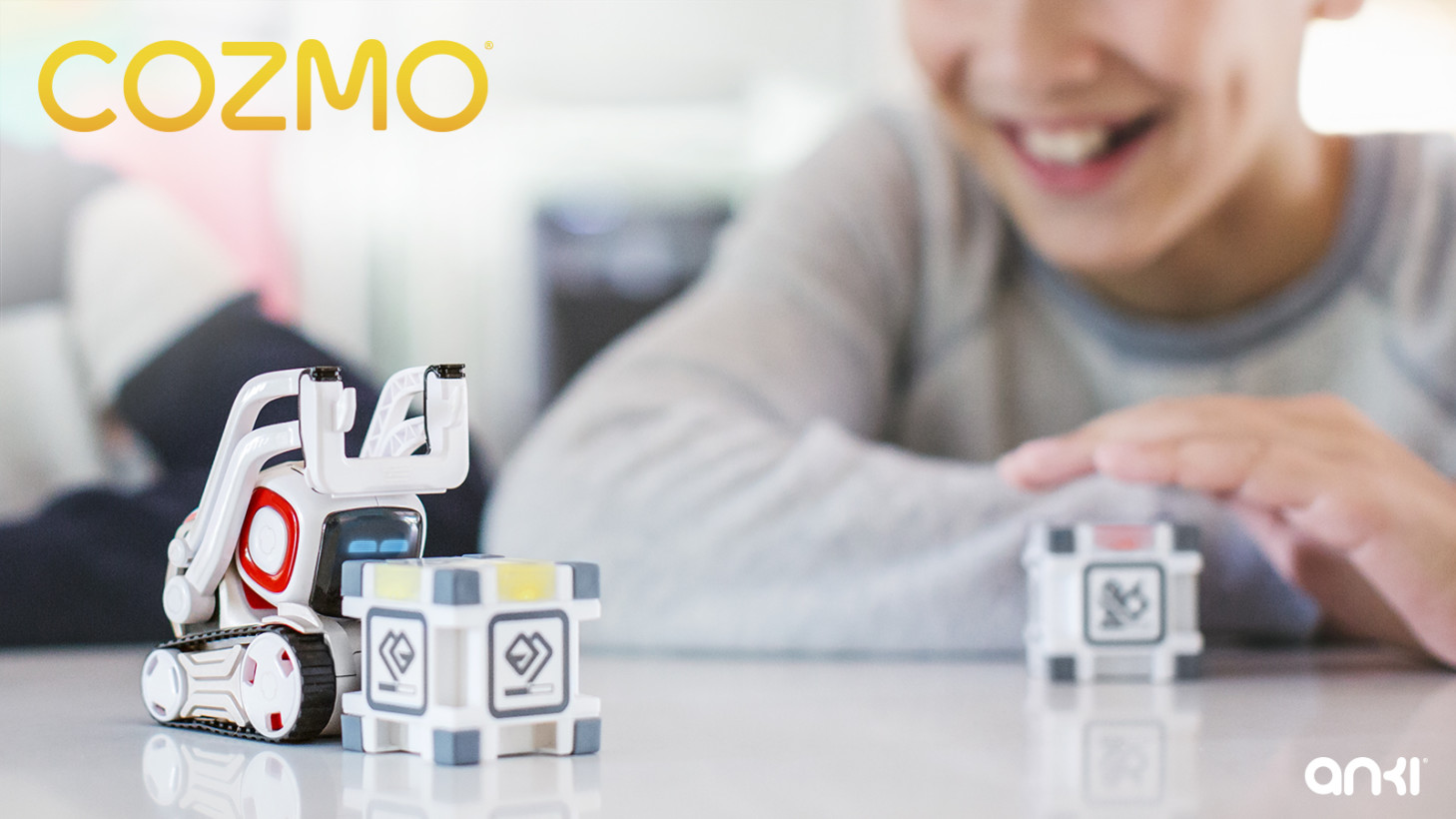 cozmo un petit robot par anki qui m le wall e jouet et intelligence artificielle tech. Black Bedroom Furniture Sets. Home Design Ideas