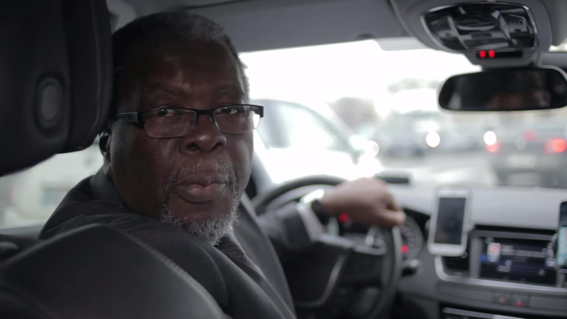 350 chauffeurs vtc lancent un crowdfunding pour attaquer uber en justice politique numerama. Black Bedroom Furniture Sets. Home Design Ideas