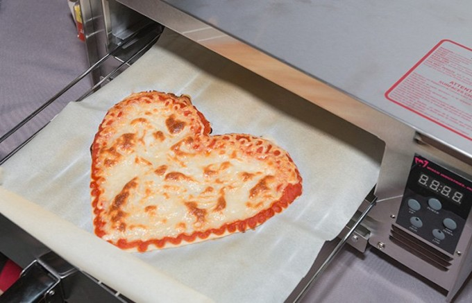 when-its-done-you-pop-it-into-a-400-degree-oven-for-five-minutes--and-voil-time-to-slice-up-your-3d-printed-pizza