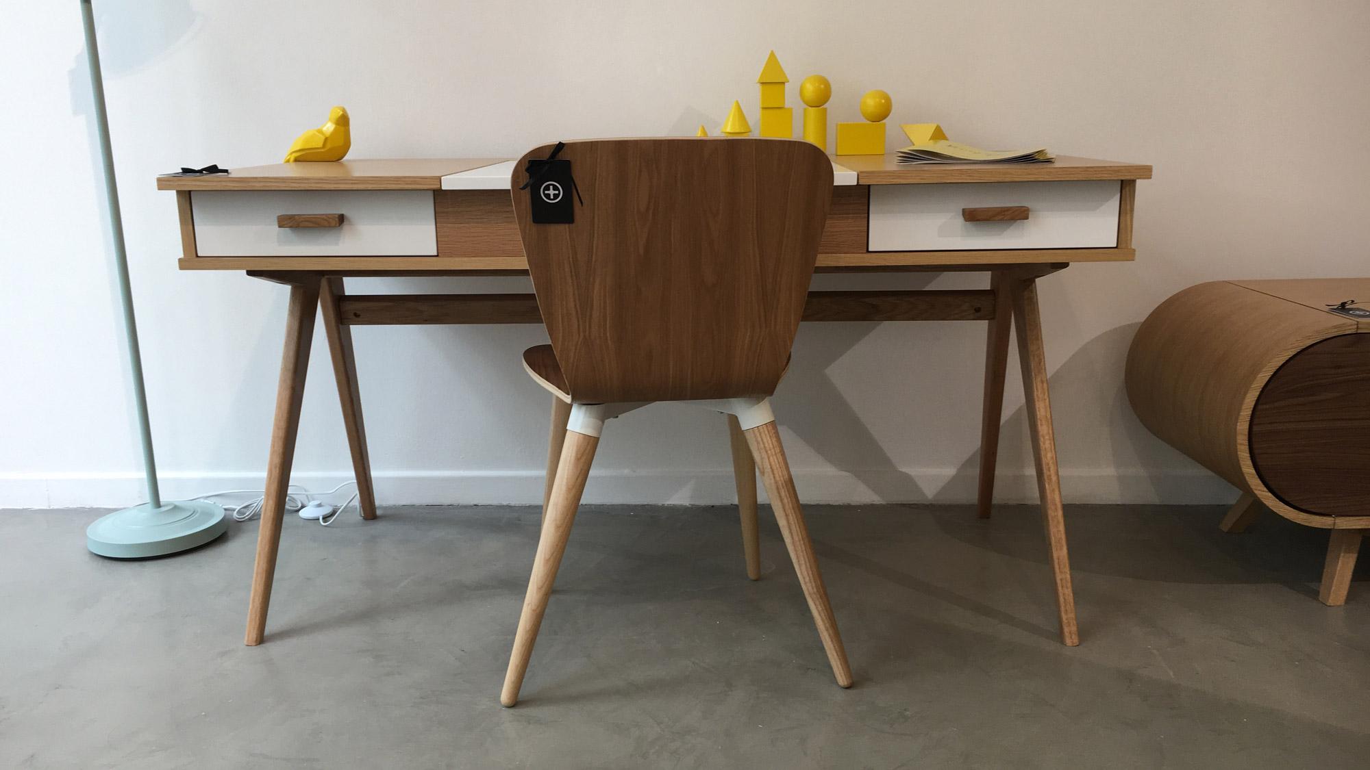 du web la boutique physique tech numerama. Black Bedroom Furniture Sets. Home Design Ideas