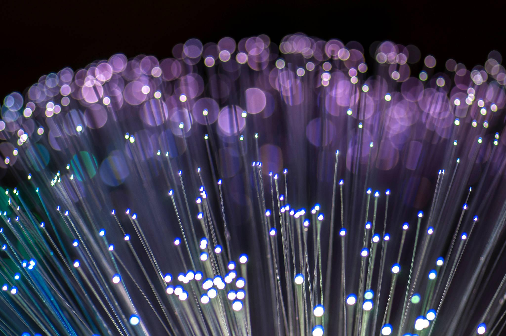 Quoi sert la fibre optique la mission france thd sort for Qui installe la fibre optique
