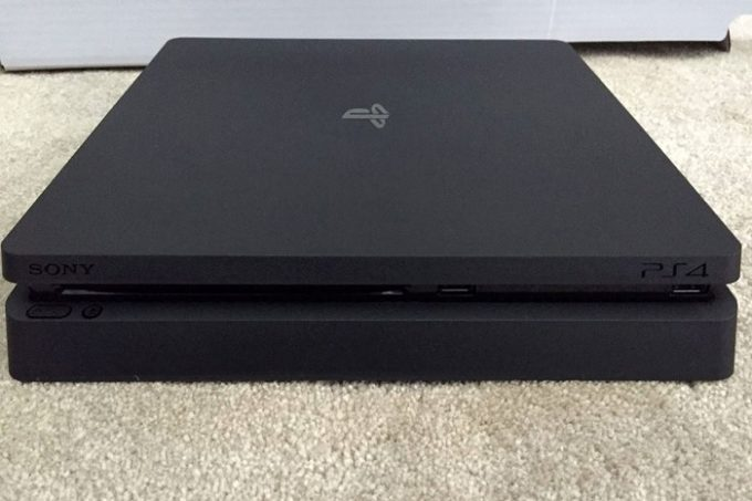 playstation-4-slim-1-680x453.jpg