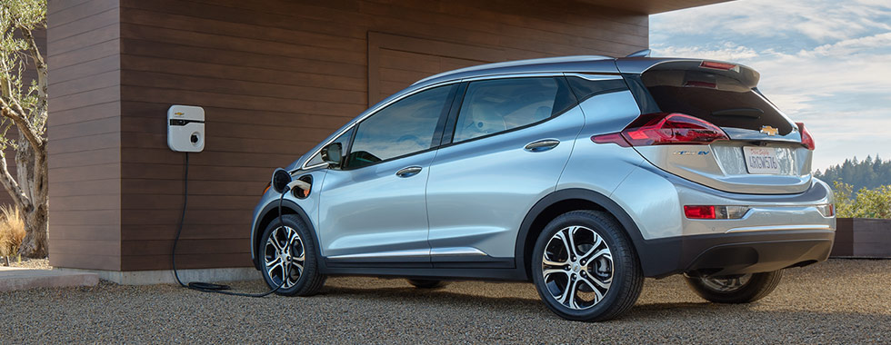 2016-chevrolet-bolt-electric-vehicle-charging-980x380-01
