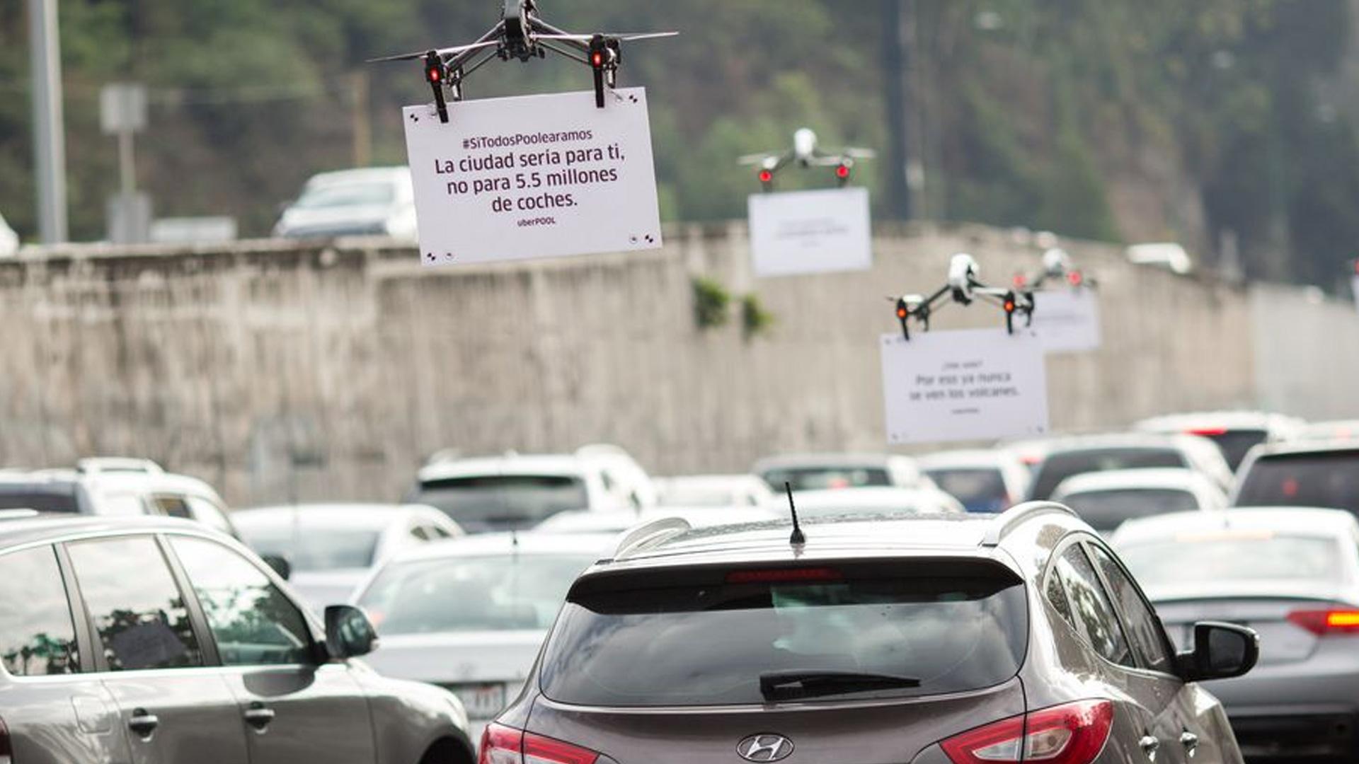 uber a utilis des drones pour mettre de la pub devant les voitures tech numerama. Black Bedroom Furniture Sets. Home Design Ideas