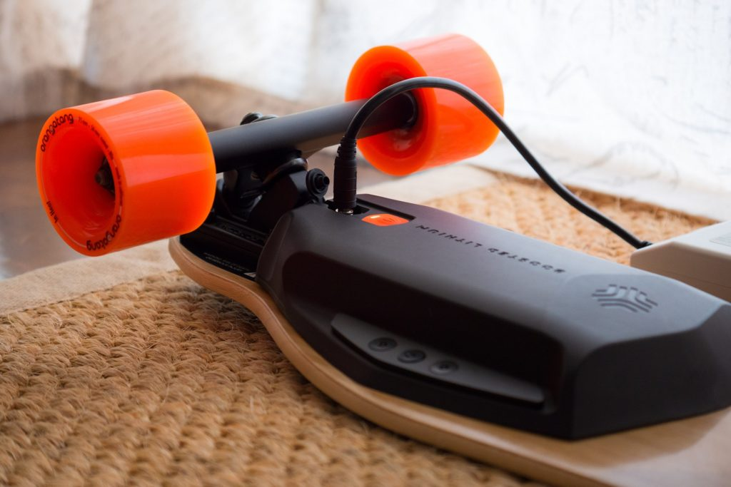 boosted-electric-skateboard-charging-charger