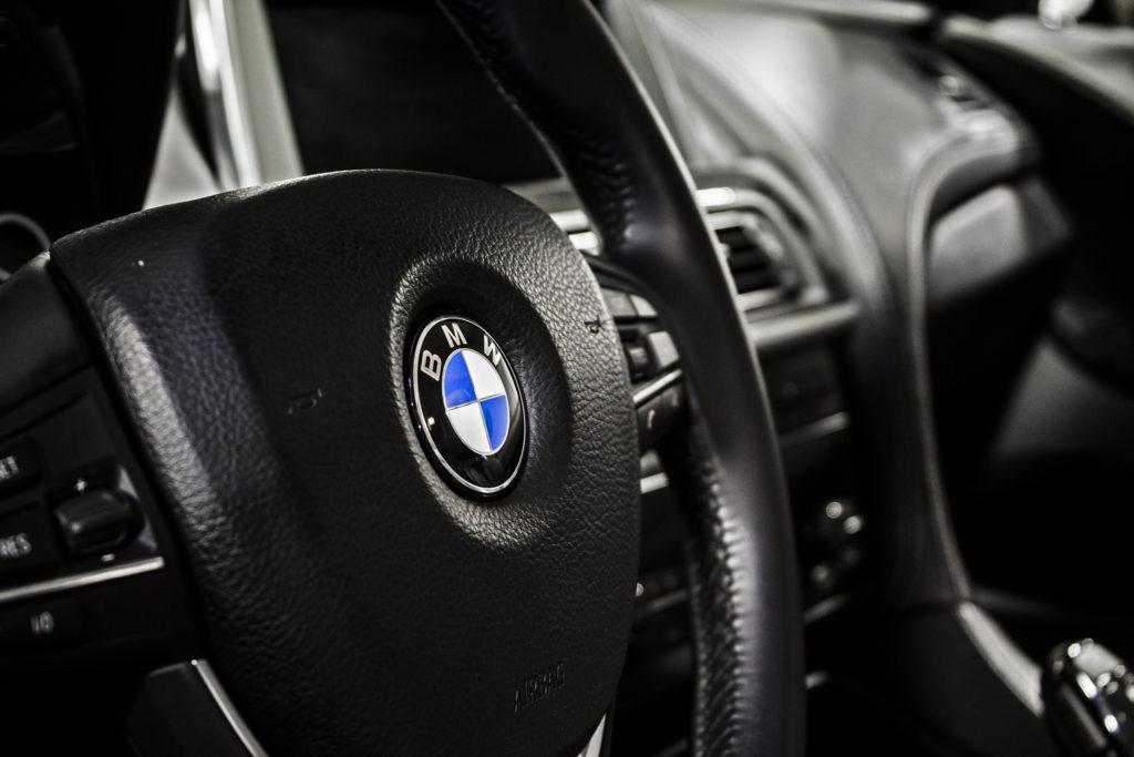 BMW volant