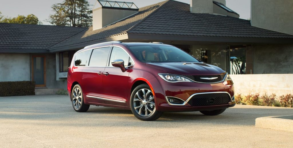 2017-chrysler-pacifica-gallery-exterior-1-jpg-image-1440
