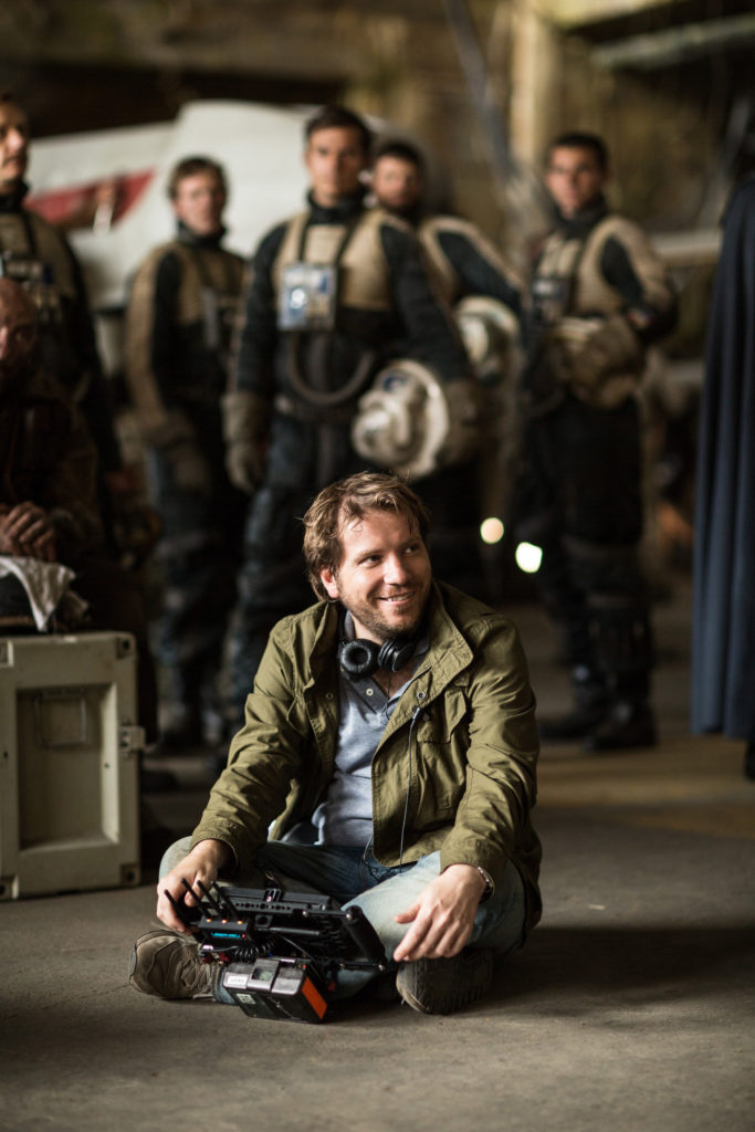 Rogue One: A Star Wars Story..Director Gareth Edwards on set during production...Ph: Jonathan Olley..© 2016 Lucasfilm Ltd. All Rights Reserved.