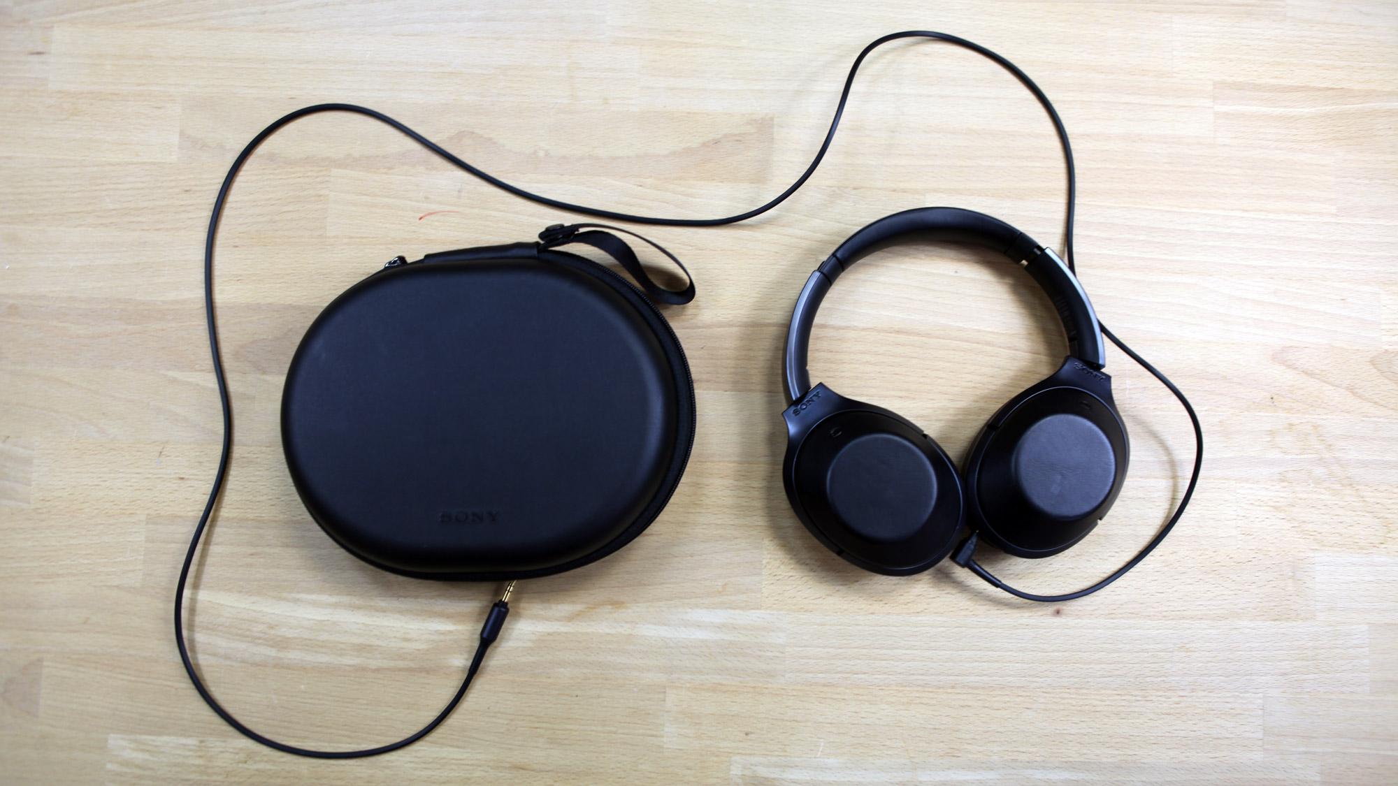Test Du Sony Mdr 1000x Lergonomie Tactile Au Service Dun Casque