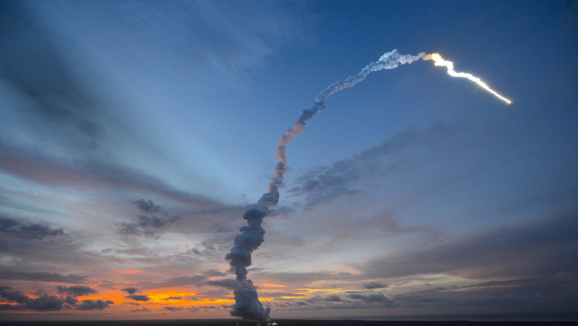 Calendrier Lancement Ariane 2019.Satellites Arianespace Retrouve Son Planning De Lancement