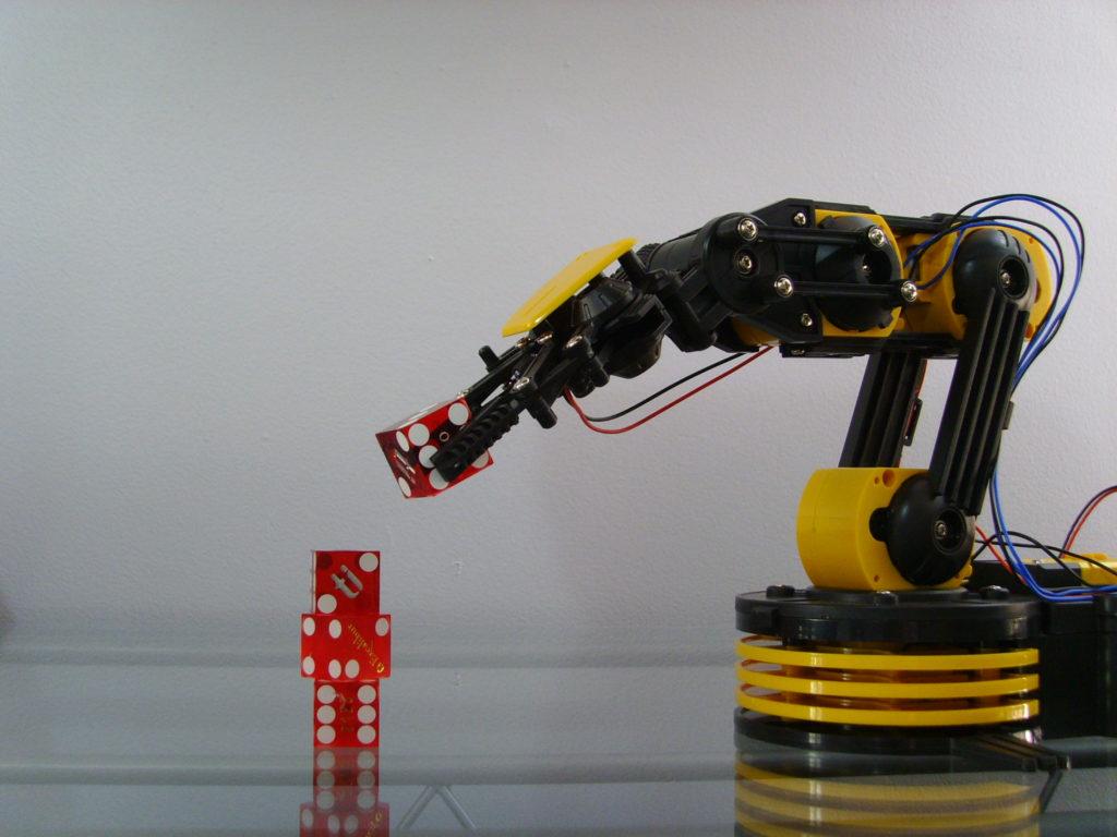 robot bras mécanique