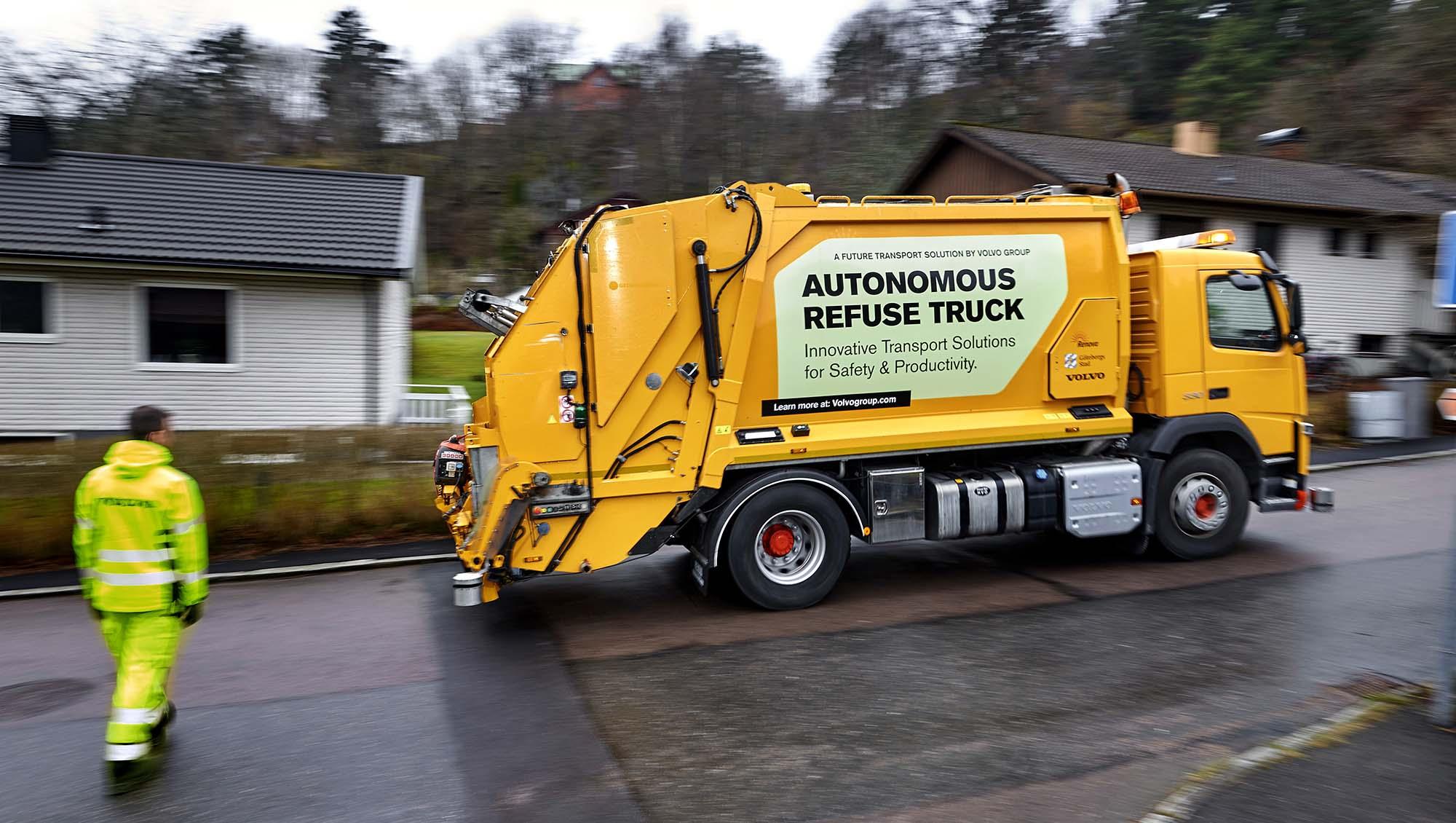 volvo teste un camion poubelle autonome tech numerama. Black Bedroom Furniture Sets. Home Design Ideas