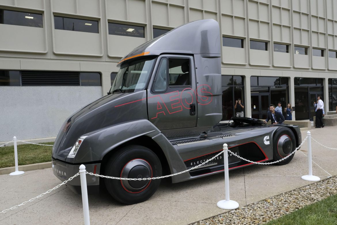 tesla se fait doubler par cummins sur les camions lectriques. Black Bedroom Furniture Sets. Home Design Ideas