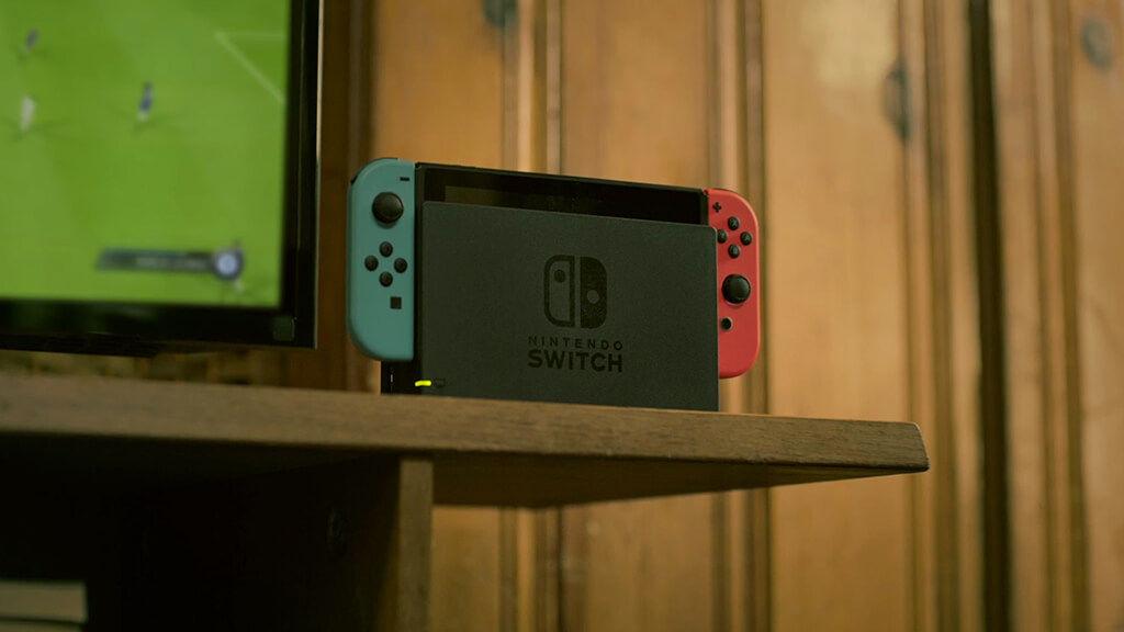 la switch cartonne nintendo est ambitieux mais ea r affirme sa prudence pop culture numerama. Black Bedroom Furniture Sets. Home Design Ideas