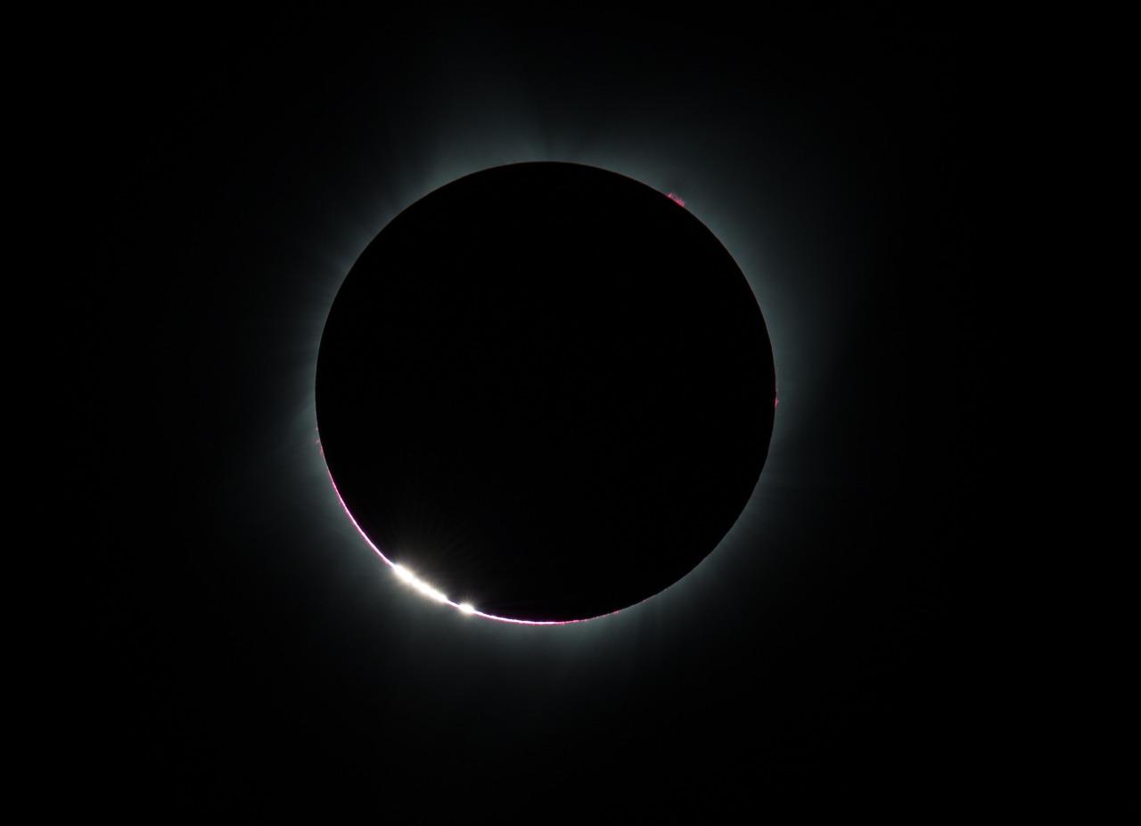 En direct. Suivez l'éclipse solaire totale aux États-Unis