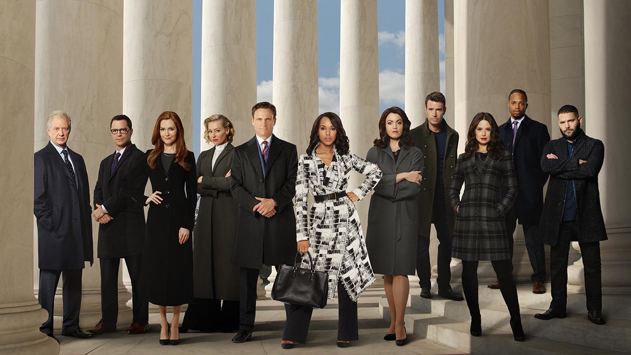 Shonda Rhimes, la créatrice de Grey's Anatomy et Scandal, signe chez Netflix