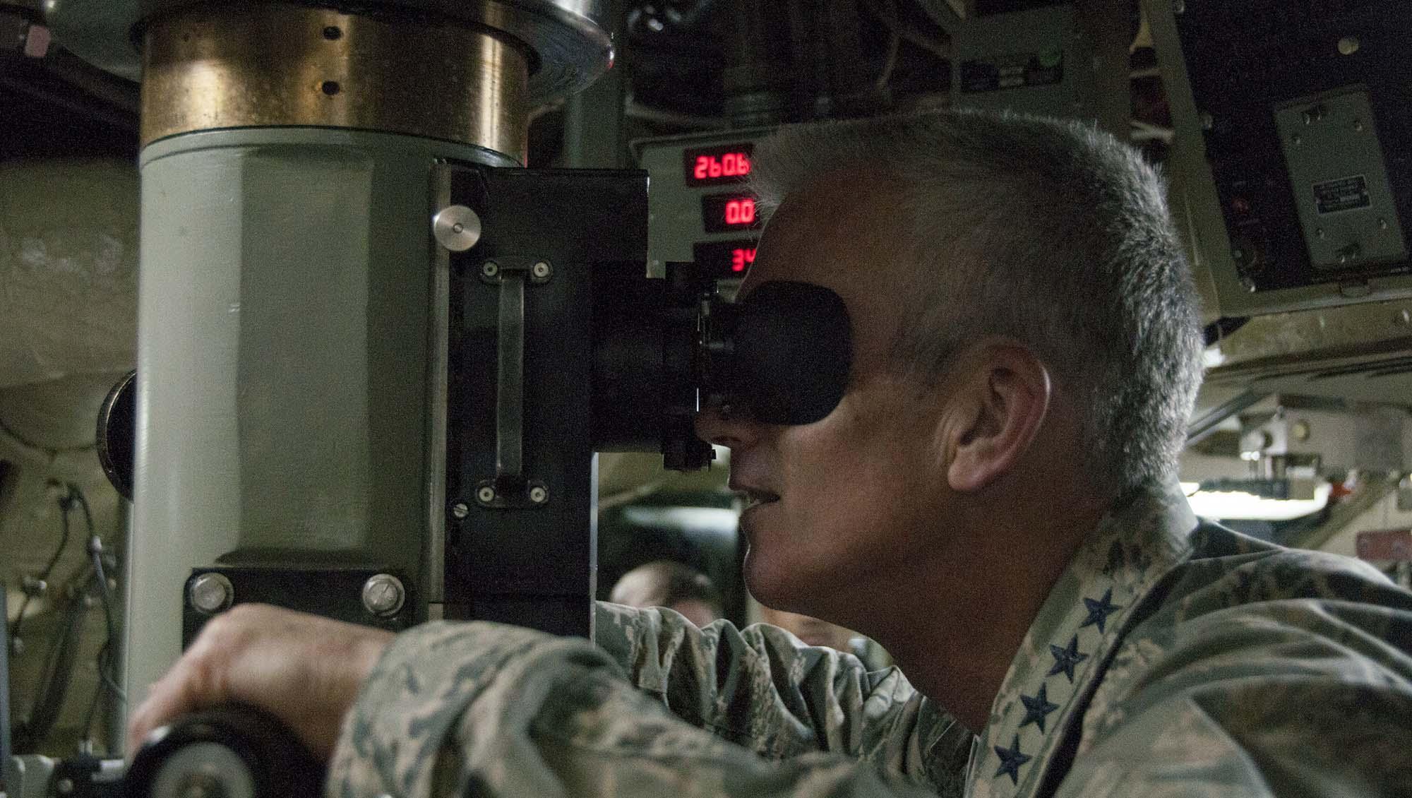 Les sous-marins nucléaires US désormais contrôlés par… des manettes Xbox?