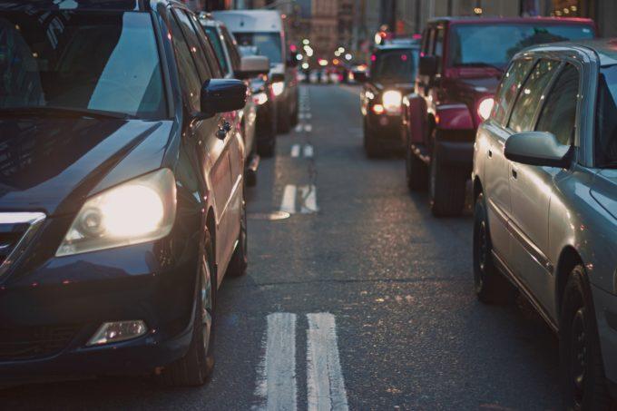 voitures-pollution-trafic