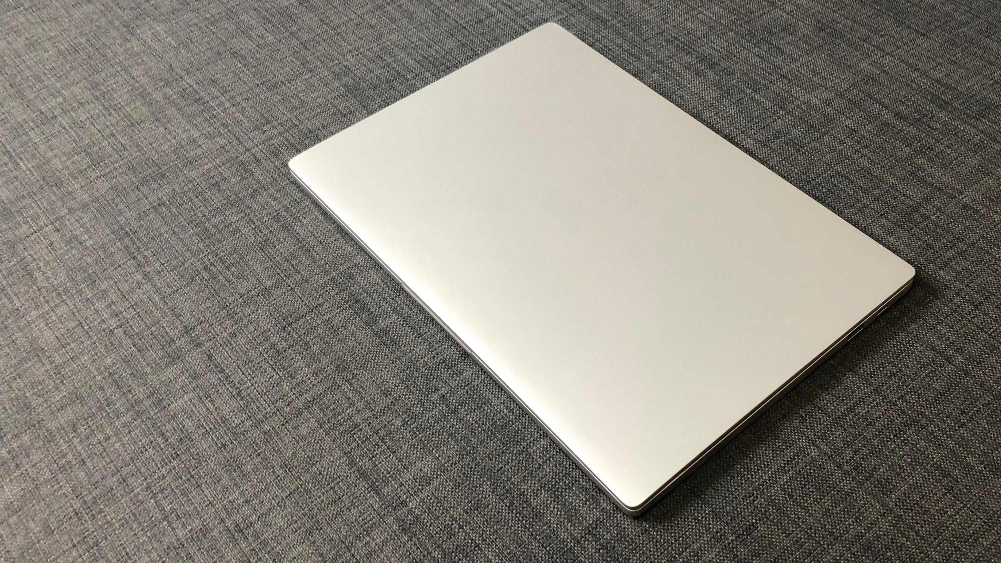 test du xiaomi notebook air 13 2017 un rapport. Black Bedroom Furniture Sets. Home Design Ideas