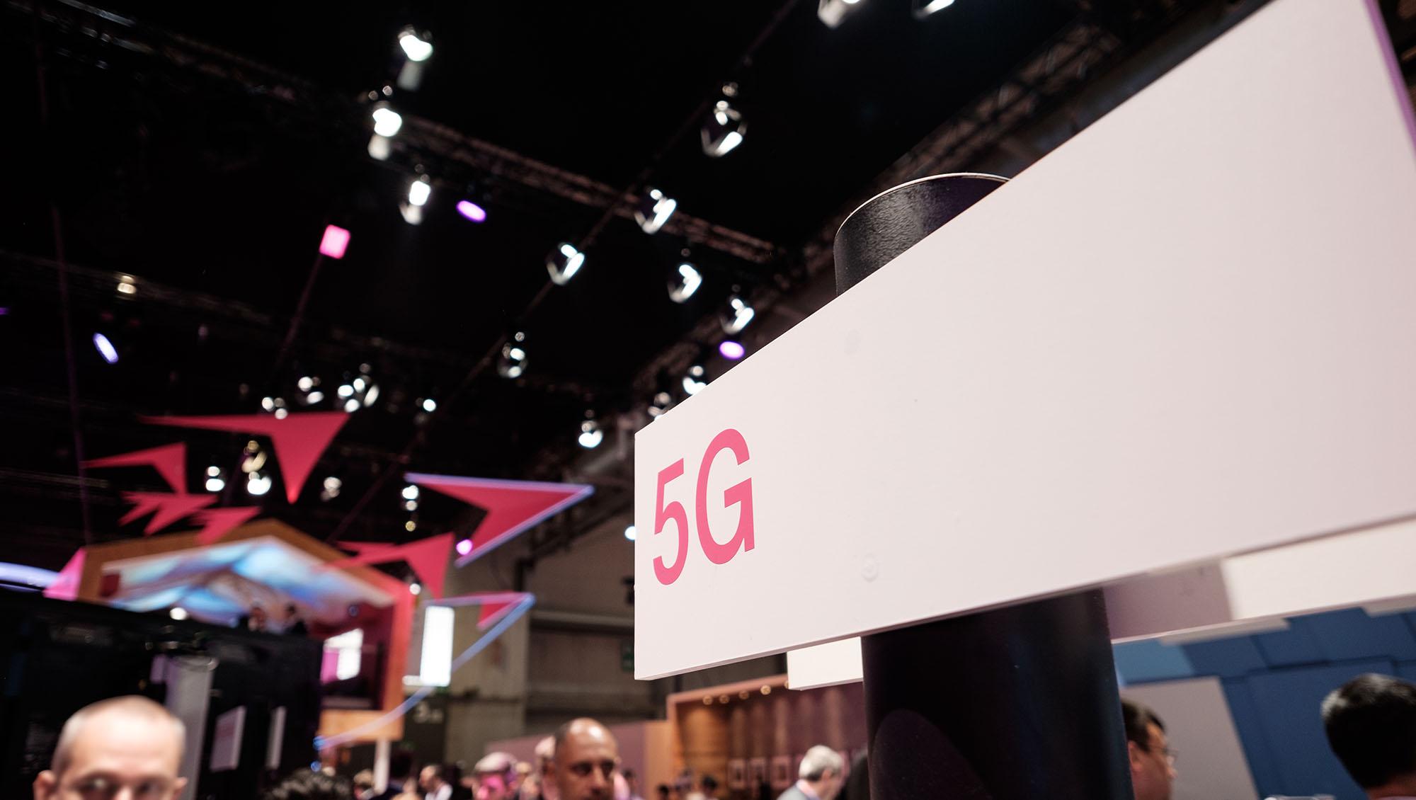 5G : SFR teste avec succès une connexion en 3,5 Ghz