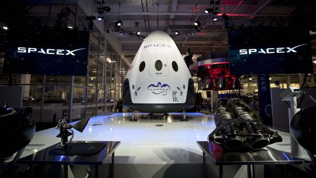 [SpaceX] Avenir, perspectives et opinions - Page 33 Spacex-dragon-1024x576