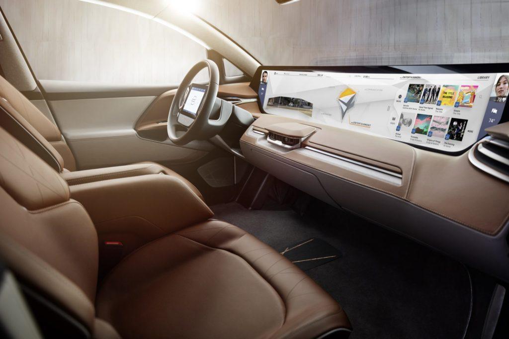 Start-up chinoise, Byton dévoile un SUV 100 % électrique équipé d'Alexa ! Par Maxime Claudel 5-byton-shared-experience-display-1024x682