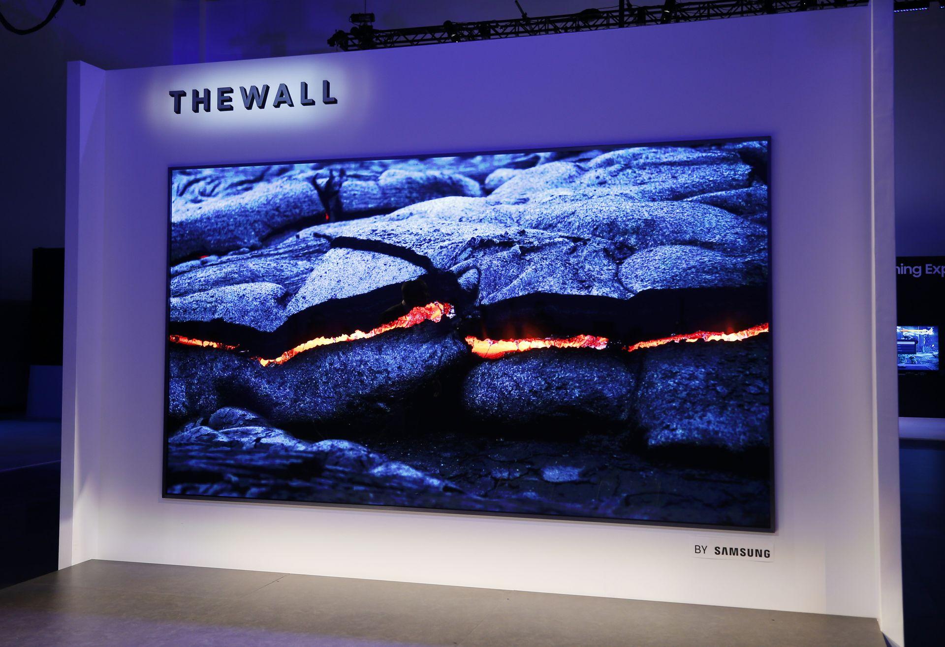 CES 2018 : Samsung dévoile sa TV de 146 pouces alias