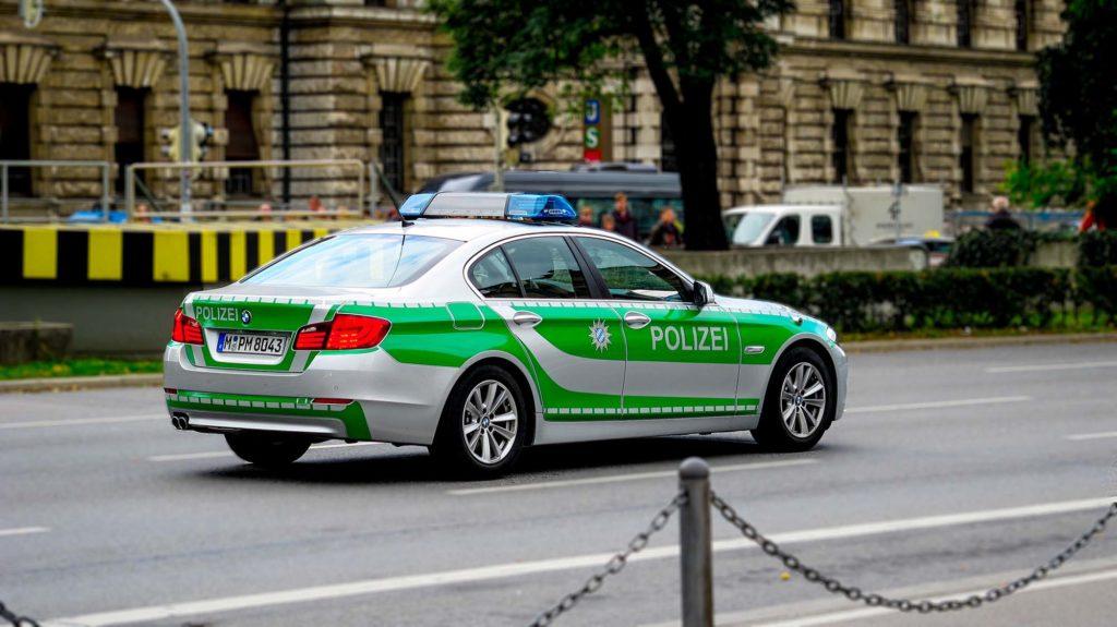 voiture-police-polizei