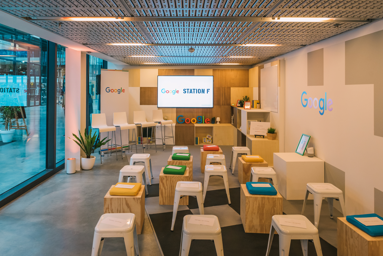 comment google compte prendre ses quartiers station f pour former des startups business. Black Bedroom Furniture Sets. Home Design Ideas