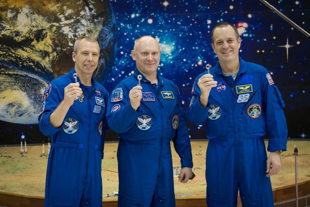 Les membres de l'expédition 55