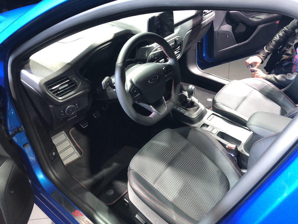 Pour ses 20 ans la focus veut tre la meilleure voiture for Interieur d une voiture