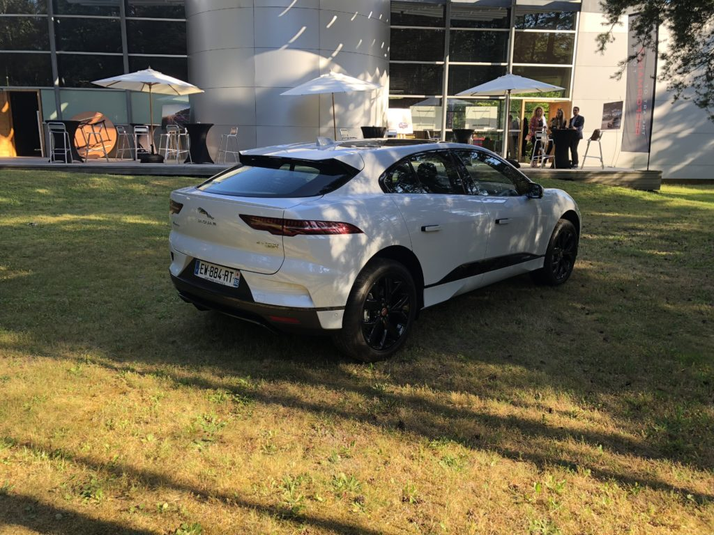 Essai de la Jaguar I-Pace : Tesla n'est plus tout seul ! By Numerama.com Img_1025-1024x768