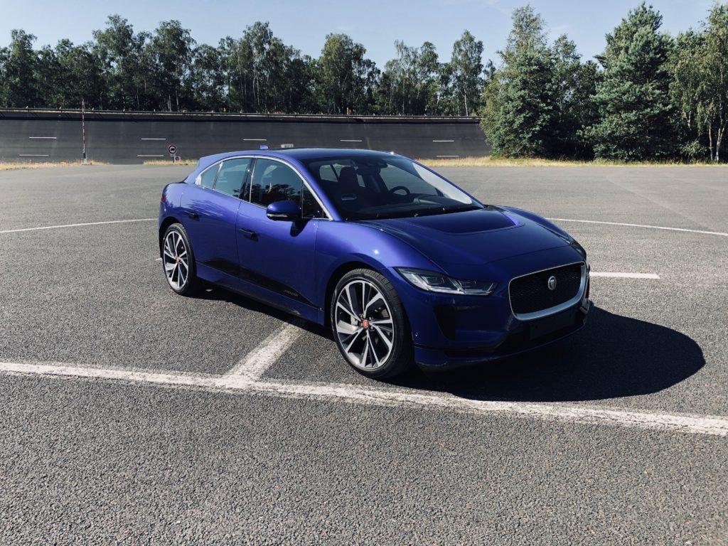 Essai de la Jaguar I-Pace : Tesla n'est plus tout seul ! By Numerama.com Img_1036-1024x768
