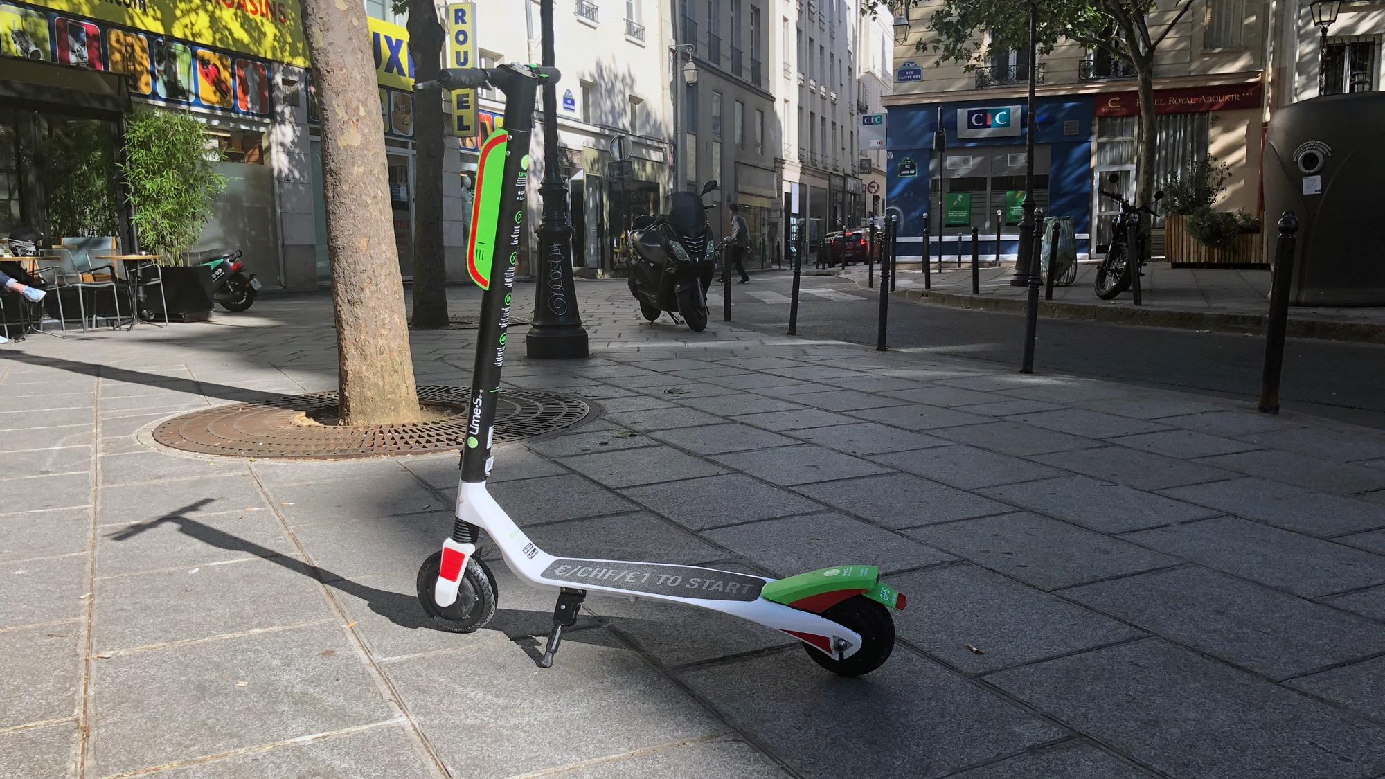 Uber et Alphabet investissent dans le service de vélos Lime - Infos Reuters