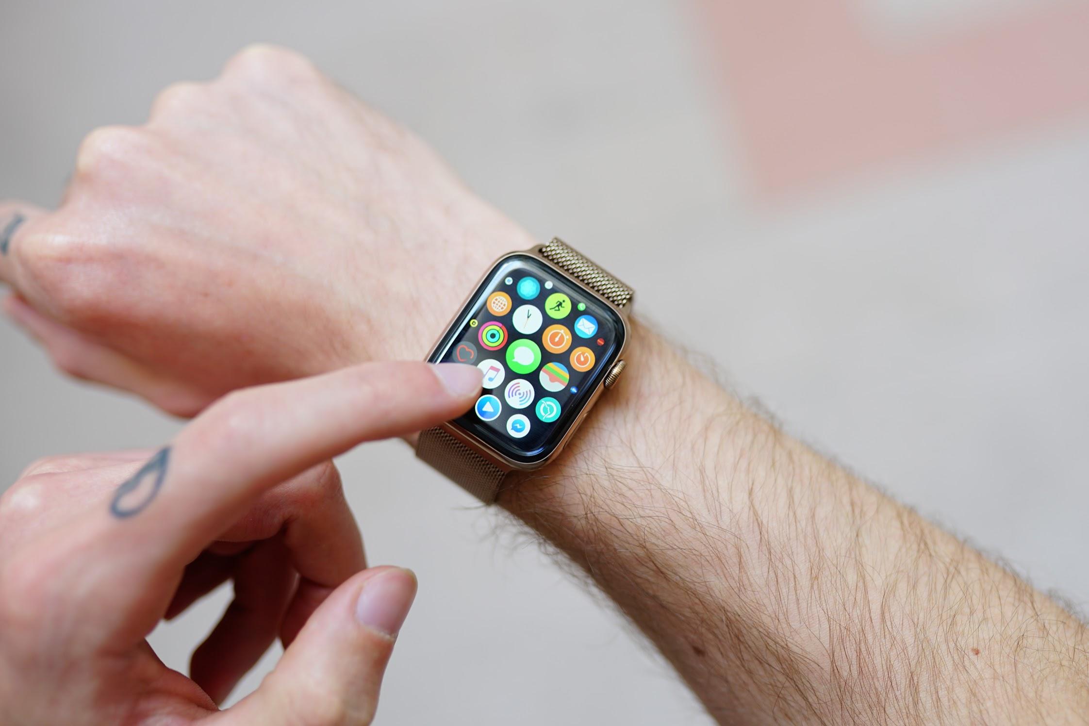 L'Apple Watch pourrait surveiller votre sommeil… mais comment la recharger ?