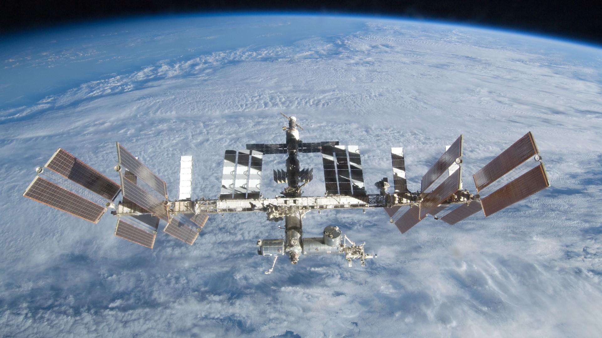 SpaceX décale sa future mission de ravitaillement de l'ISS à fin avril