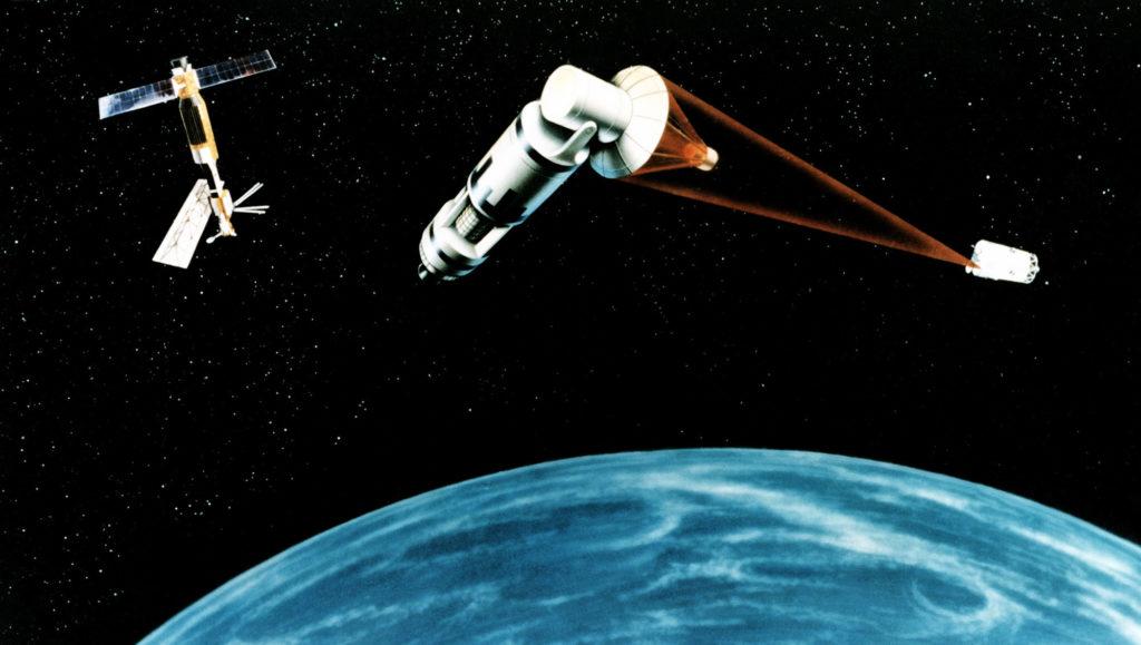 satellite arme espace