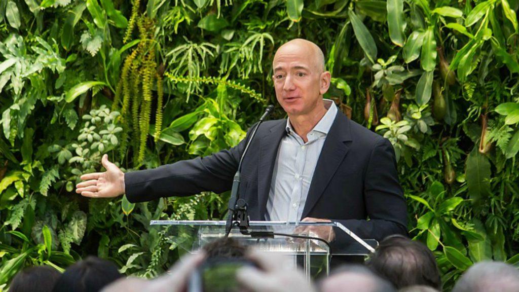 Vols touristiques suborbitaux, sprint final entre Branson et Bezos Bezos-slider-1024x576