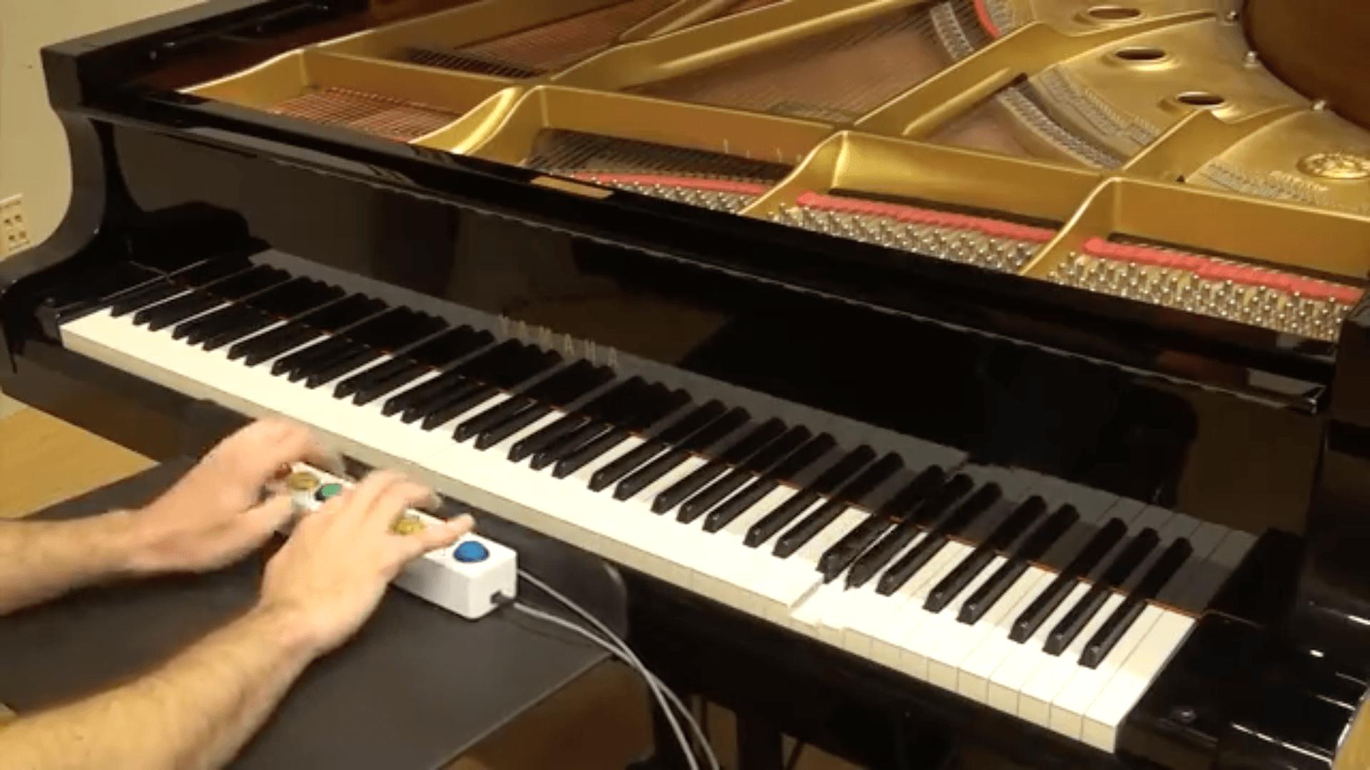 Avec ses 8 touches, ce piano de Google transforme n'importe qui en virtuose