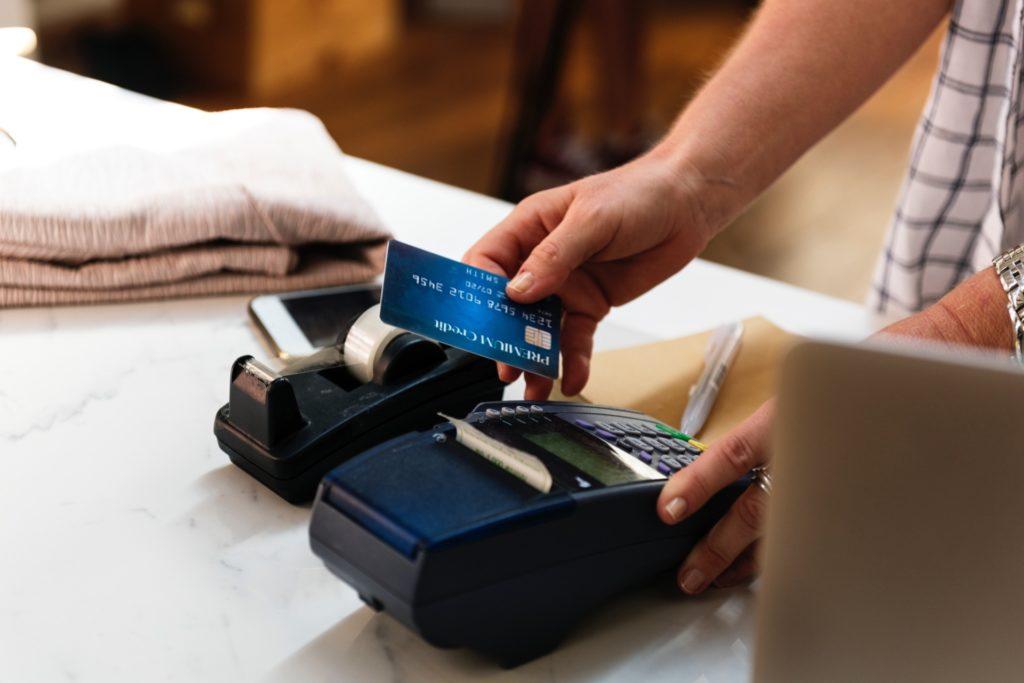 carte de débit bancaire paiement nfc
