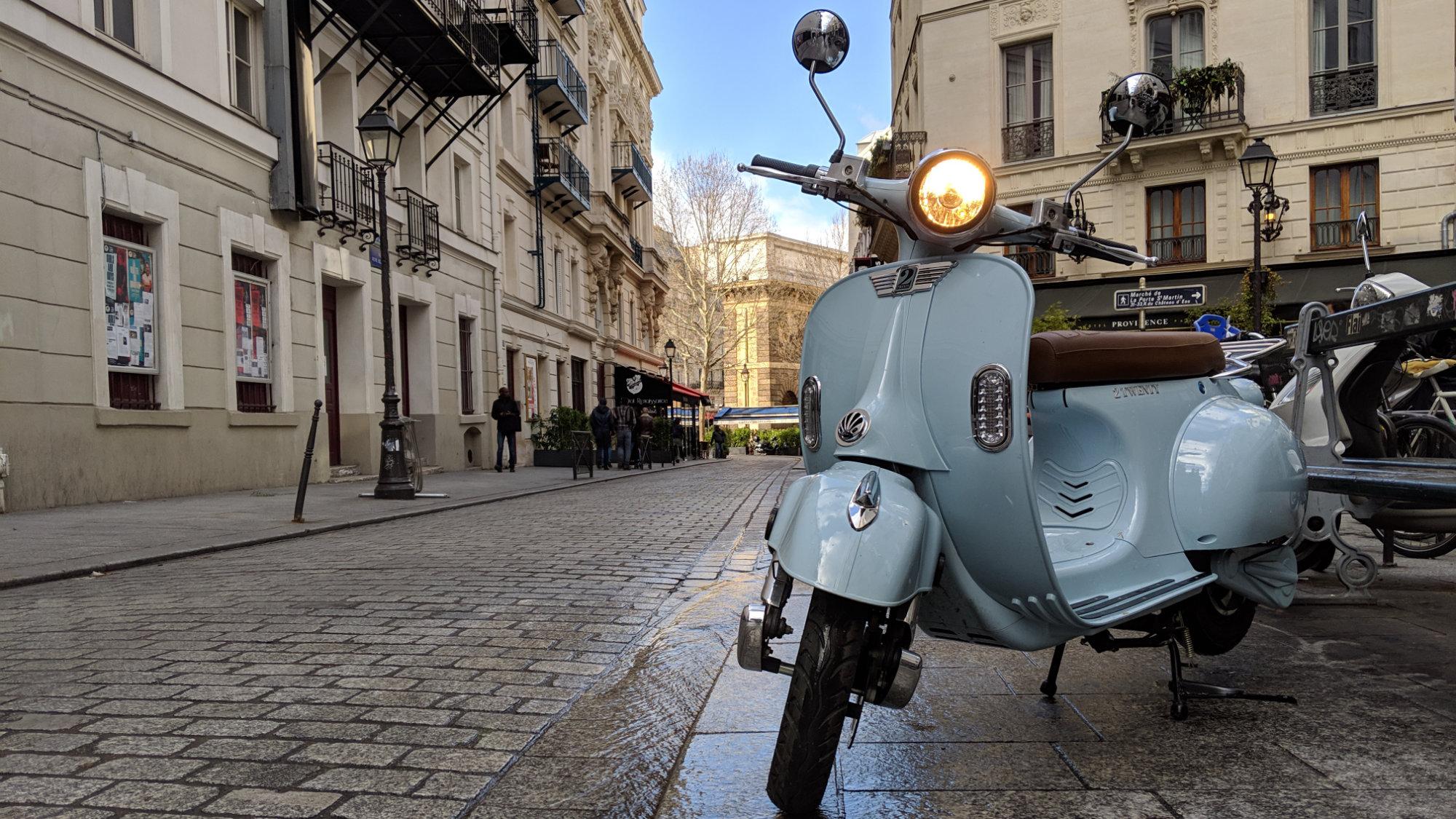 2Twenty scooter électrique Paris pollution Mobilité