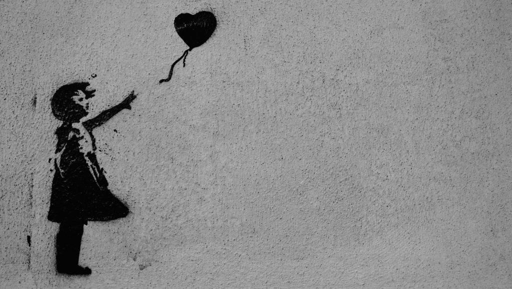 Banksy tag pochoir